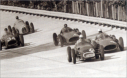 vanwall_on_track_italian_gp_55_1_v1